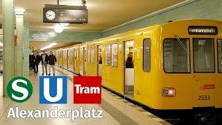 Berlin Alexanderplatz: S-Bahn, Underground, Tram at night