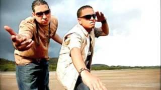Colora - Zion & Lennox Ft J-king & Maximan Past,present And Future  No 100% Original