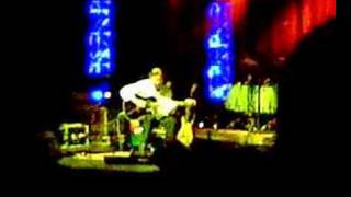 Al Dimeola ripping it at the Return to Forever show at Nokia Theatr...