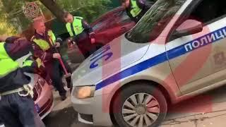 Сына вице-президента МТС Руслана Ибрагимова на BMW задержали в Москве