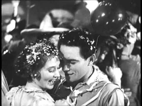 Фильм: Новая Москва, 1938 г.