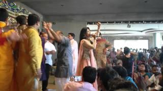Main to Jo Kuch Bhi jaisa bhi hu kiske piche o baba tere piche Khatu Shyam Bhajan By Uma Lahri