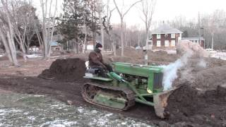 John Deere MC Dozer Pushes 400 Yards of Dirt!