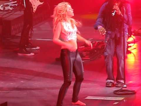 Shakira Live in Berlin la tortura 9.12.2010