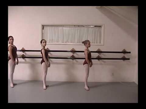 Teaching Ballet To Beginning-intermediate Children- Plies- Ellen Davis