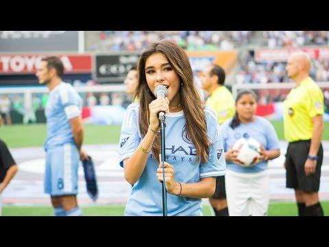 Madison Beer sings the national anthem at Yankee Stadium