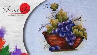 Pote com Uvas em Tecido