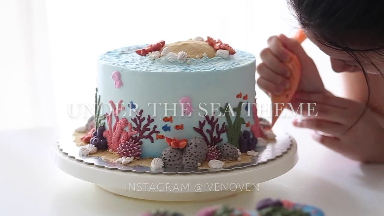 Under The Sea Cake And Cupcakes