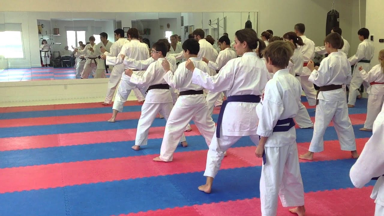 Watch Karate Kid  Free