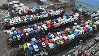 Смотреть видео КЛАДБИЩЕ ГРУЗОВИКОВ - Самая большая в России и СНГ разборка грузовиков / Такой нет нигде онлайн