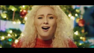 Смотреть клип Wiktoria - Not Just For Xmas (Official Video)