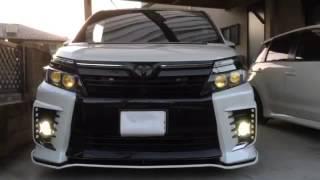 80VOXYの加工ヘッドライト ストロボ点灯動画です。