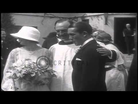 Jack Pickford and Marilyn Miller's wedding at Pickfair HD Stock Footage