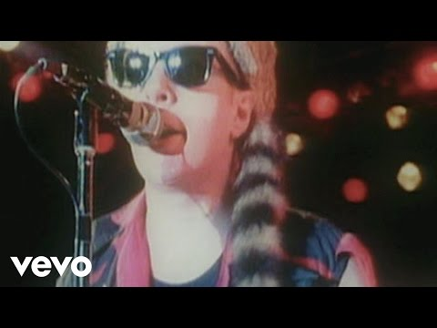 The Clash – Career Opportunities (Live at Shea Stadium)