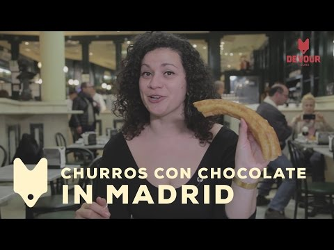 Churros con Chocolate at San Ginés | Devour Madrid