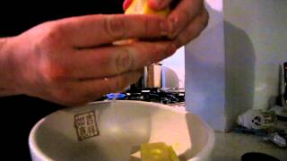 One Minute One Egg Hollandaise Sauce
