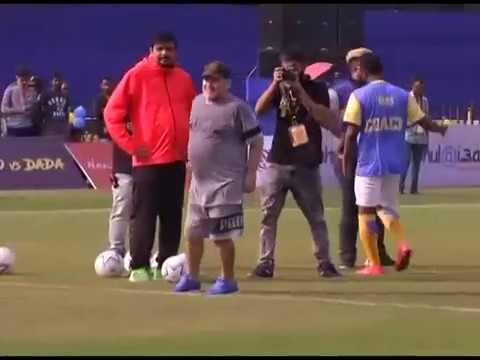 Maradona plays football with Sourav Ganguly in Kolkata 121217