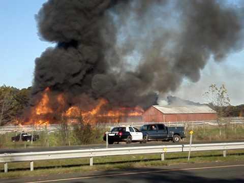 Windsor Locks Ct Barn Fire 2009 Video 1 Of 3 Youtube