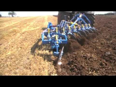 Aratro a dischi idropneumatico di raimondo youtube for Di raimondo macchine agricole
