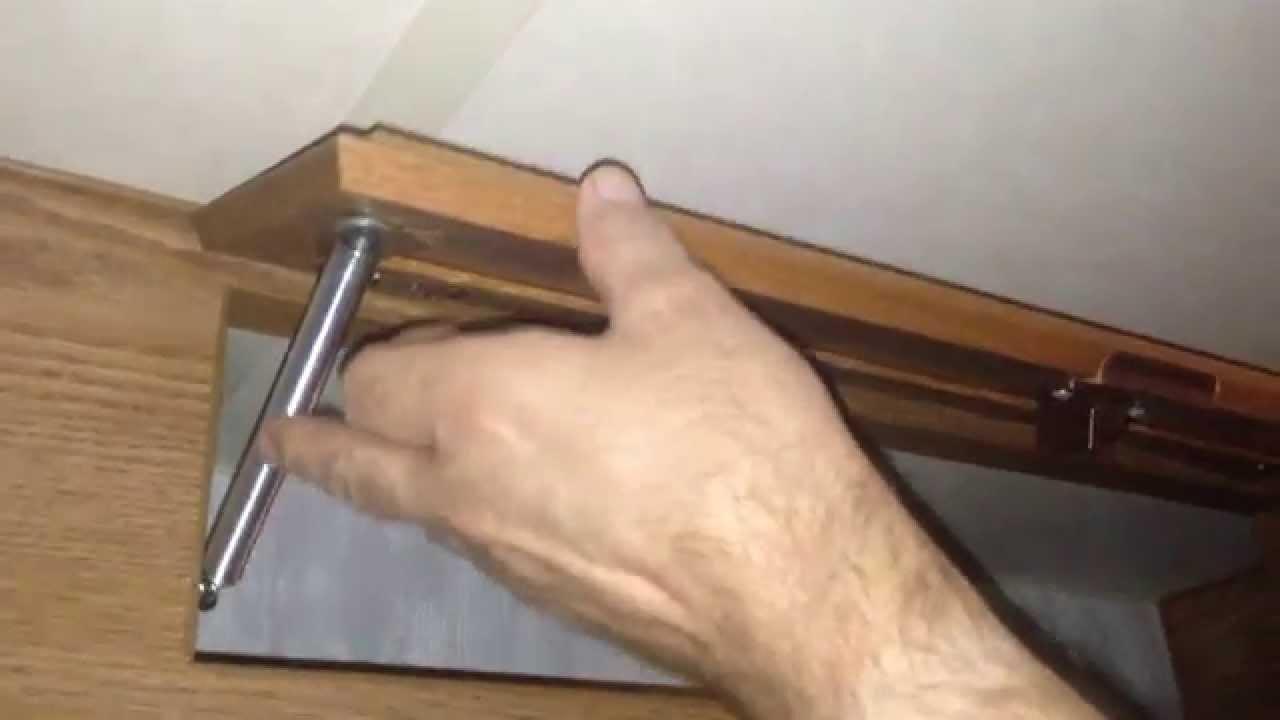 how to fix a cracked cabinet door