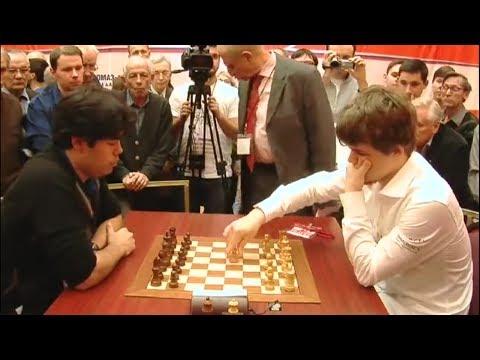 EXCITING BLITZ GAME!!! MAGNUS CARLSEN VS HIKARU NAKAMURA- BLITZ CHESS 2010 WORLD BLITZ CHAMPIONSHIP