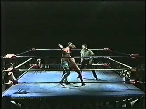 """Untouchable"" Jeremy Vain vs ""Phenomenal"" AJ Styles- NWA Anarchy Seasons Beatings 2006"