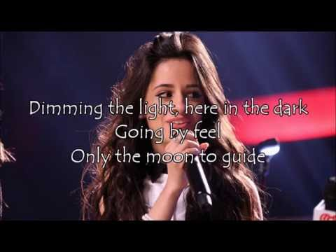 ♥ Fifth Harmony -  Squeeze (Lyrics) ♥