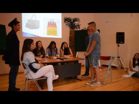 04de92533c Η τσάντα και το τσαντάκι απο τους μαθητές της Γ  Γυμνασιου Ιστιαιας -  YouTube