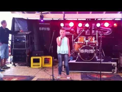 Ingeborg synger Euphoria !