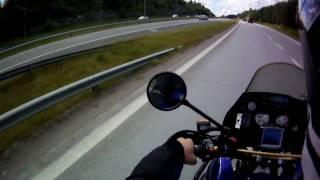 Rekka-auto törmäsi Hervannan valtaväylän siltapilariin Valtatie 9llä.  19.7.2010