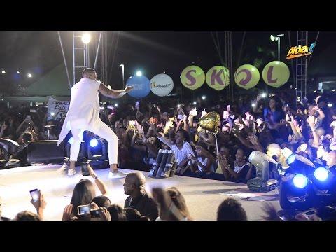 Leo Santana - Maravilhosa é Ela Ao vivo no Baile da Santinha