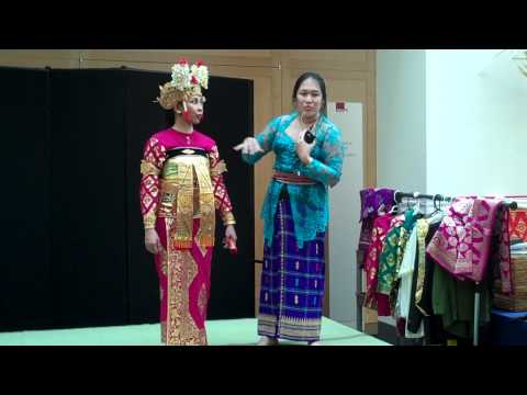 AsiaAlive: Balinese Costumes with Luh Estiti Andarawati and Maria Omo