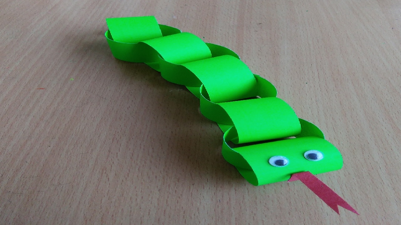 How to make a paper snake easy