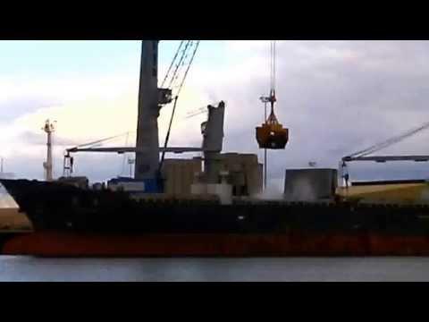 Port Adelaide Shipping (162) _ Kuanyin loading copper ore.