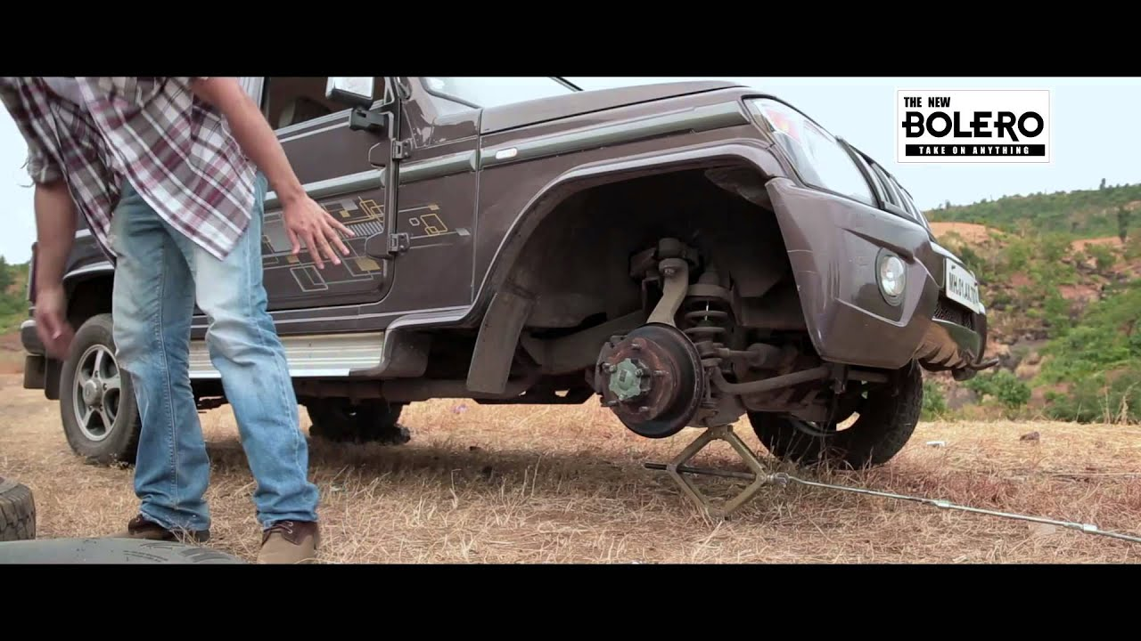 DIY: How to change the tyre of a Mahindra Bolero