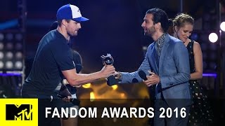 Stephen Amell Wins Ship of the Year   Fandom Awards 2016   MTV