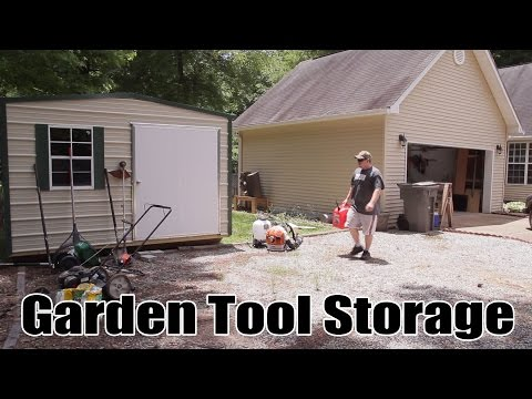 Lawn Tool Storage In A Garden Shed - 204