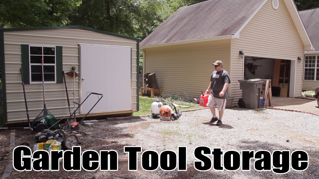 Lawn Tool Storage In A Garden Shed 204