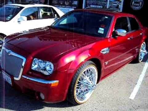 DTS & Chrysler 300c on swangaz.  Texan Wire Wheels in Austin TX