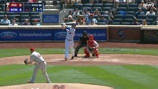 Noah Syndergaard belts first Major League home run