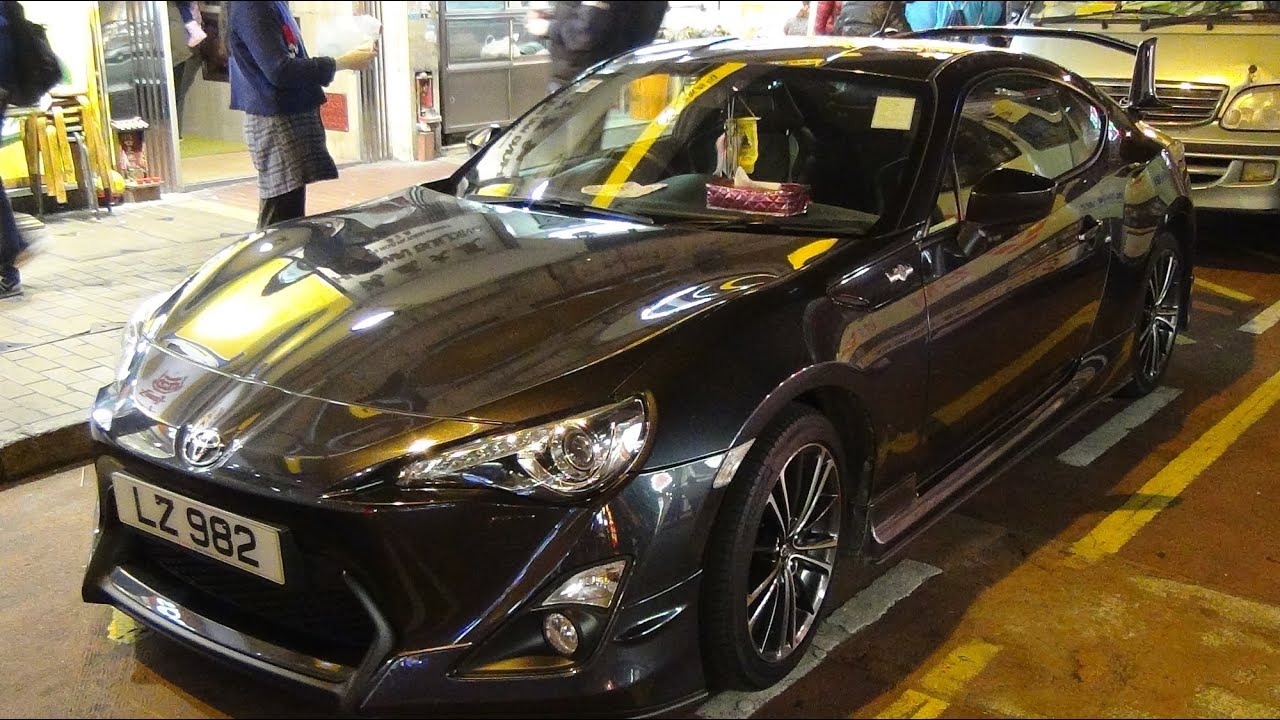 toyota gt86 with aero kit seen in mong kok hong kong. Black Bedroom Furniture Sets. Home Design Ideas