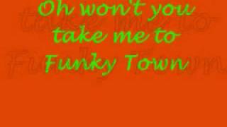 Funky Town Shrek 2 Single Version with Lyrics