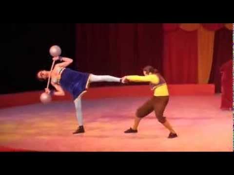 THE STRONG MAN - Old Circus Style Juggling Comedy Act - Fomenko Brothers