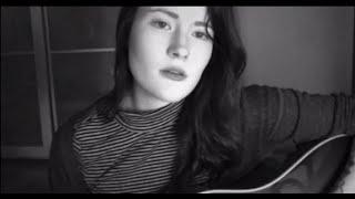 Смотреть клип Madeline Juno - Küss Die Kalten Jungs