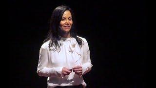 Nossas emoções mudam o mundo   Mila Salcedo   TEDxUFCSPA