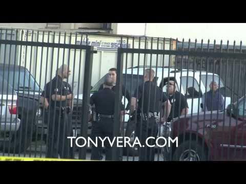 Gang War Erupts In Gun Fire- 6 shot  @ Venice beach