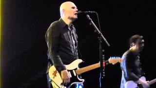 The Smashing Pumpkins - Run2Me (Houston 07.16.15) HD