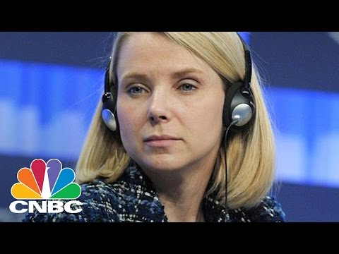 Yahoo's Marissa Mayer In The Hot Seat Once Again | CNBC
