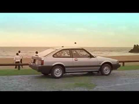 Metronomy - Heartbreaker (Official Video)