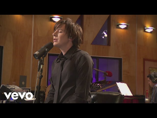 Clay Aiken - Sorry Seems To Be The Hardest Word (Walmart Soundcheck 2006)